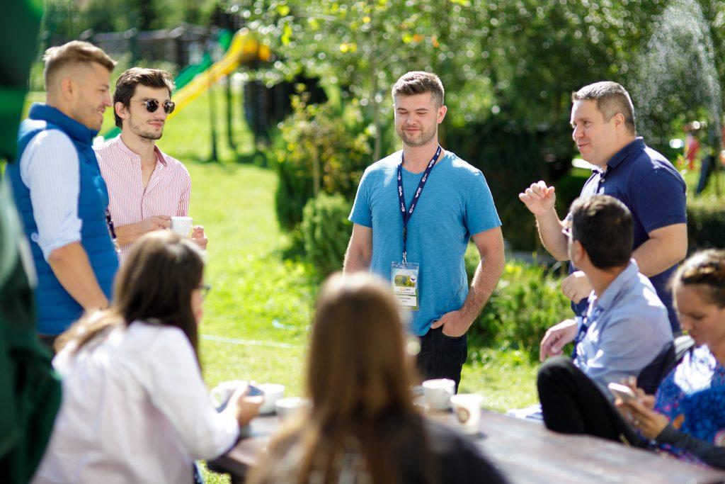 GPeC discutii informale cu trainerii si participantii