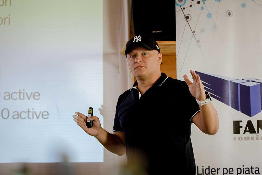 Cristi Manafu Trainer la Scoala de Vara de E-Commerce si Marketing Online GPeC 2019