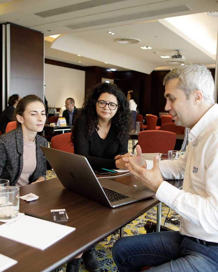 Sesiuni de Mentorship intre Juriul Competitiei GPeC si magazinele online