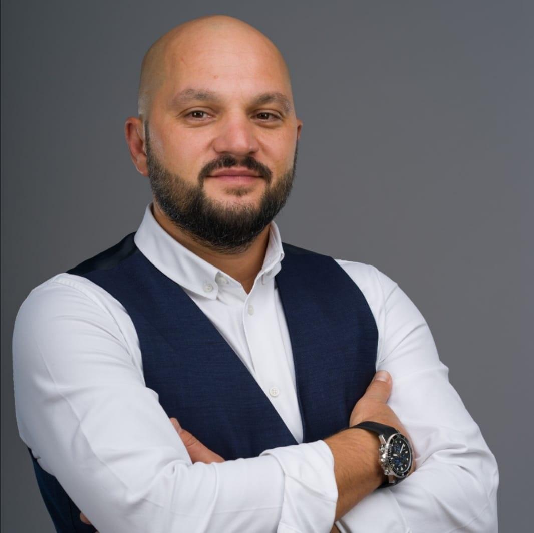 Cornel Morcov FAN Courier Speaker GPeC - Cel mai important Eveniment de E-Commerce si Marketing Online