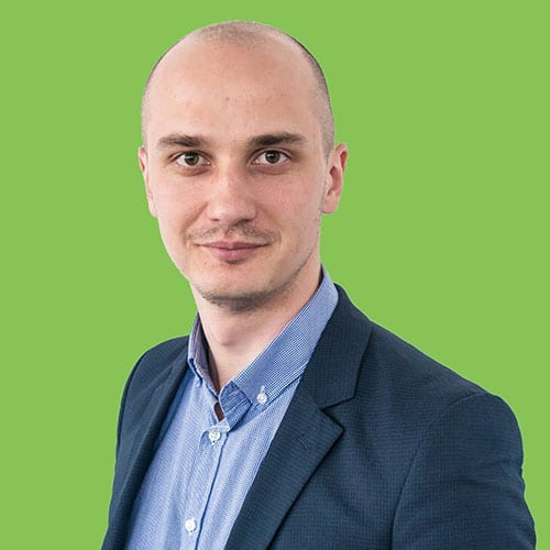 Toma Grozavescu Founder SMARTERS & Growth Hacker - trainer Scoala de E-Commerce si Marketing Online GPeC
